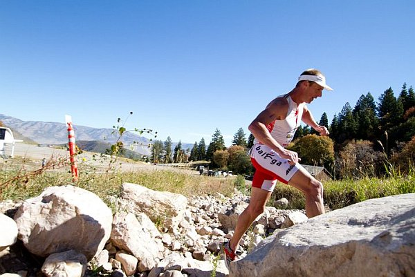 81860-xterra-us-2010-stoltz-run_600x400.jpg