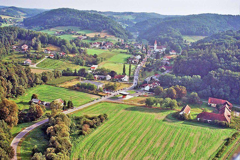 82247-Grad-_Grad-Vojko-Prah.jpg
