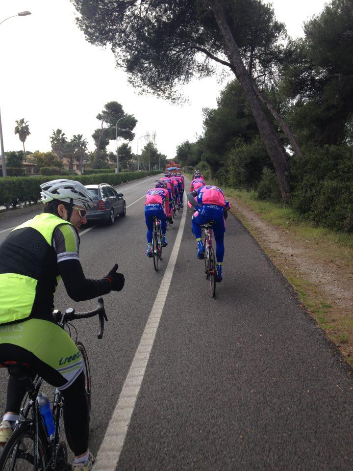 Országúti kerékpáros edzés Meridán