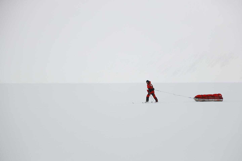 A sarkvidéki vándor magányossága Forrás: Magyar Déli-sark Expedíció