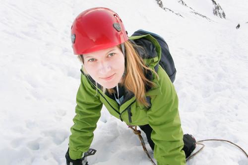Téli hegymászás Forrás: www.alpguide.com