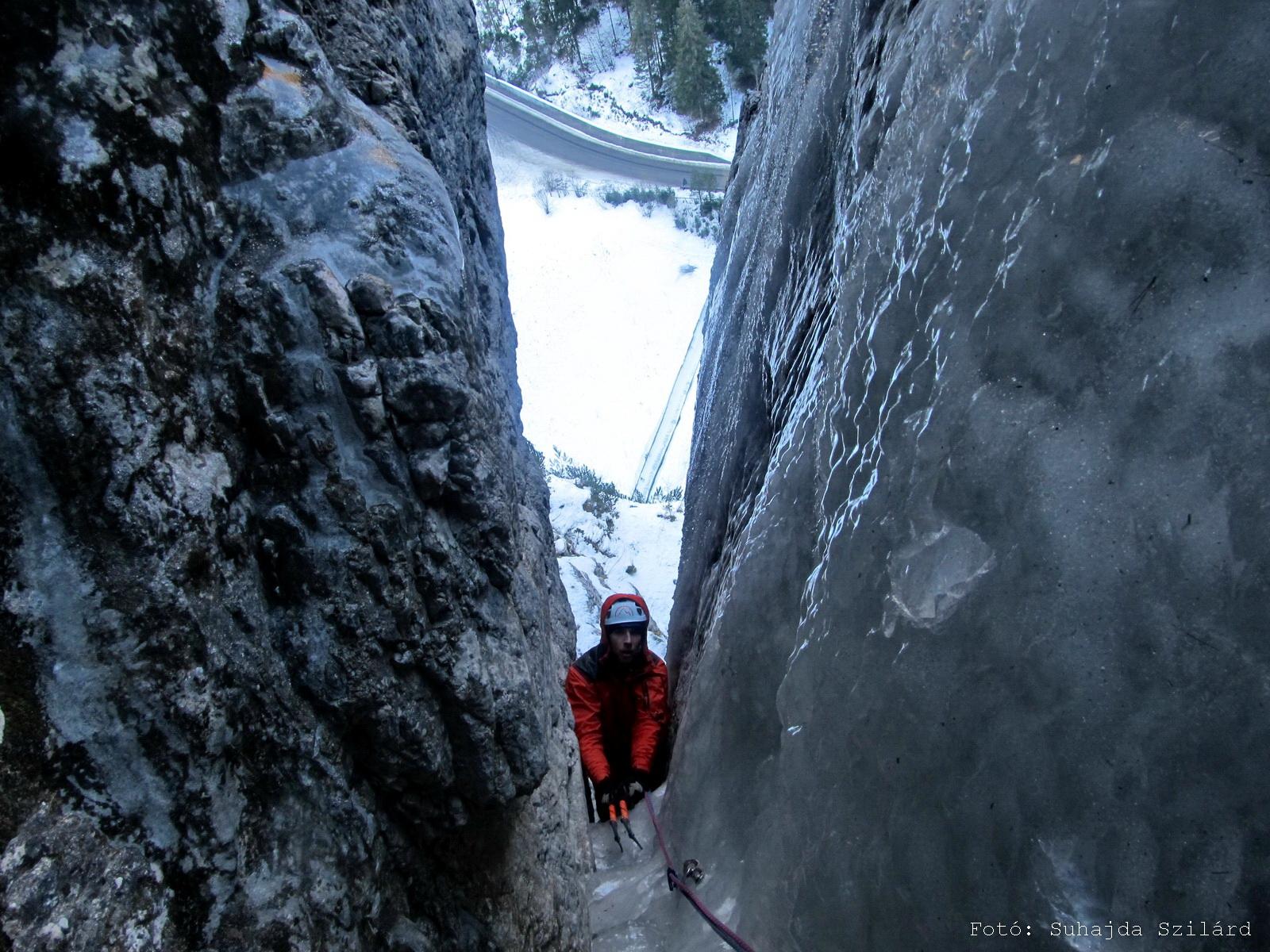 Betyár-rés (Anonima Trentini 5 M6) első magyar átmászás, Dolomitok Forrás: Suhajda Szilárd