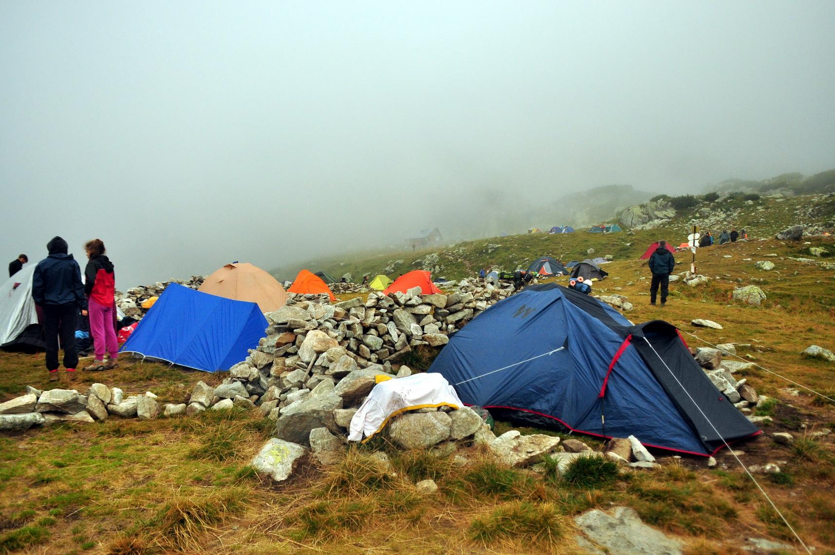 Bukura-tavi tábor életképe Forrás: Paraferee - mozgasvilag.hu
