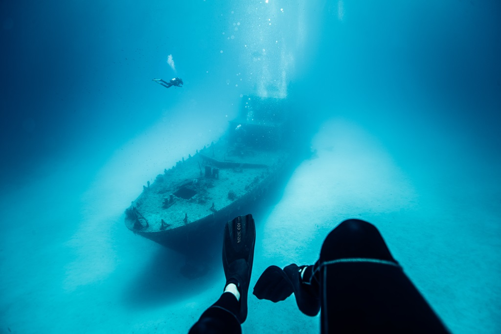 Búvárok és a P31-es roncs Forrás: (c) Malta Tourism Authority