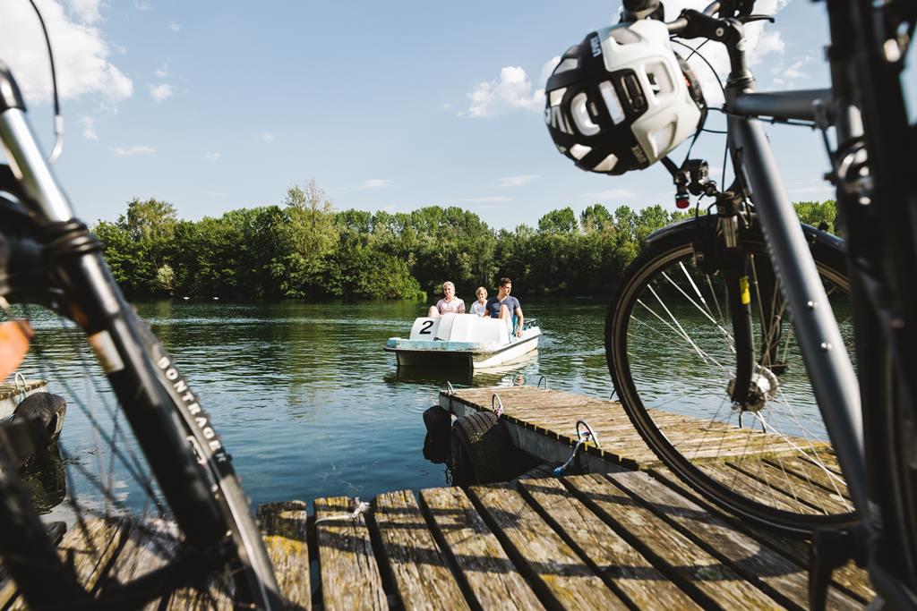 Duna menti kerékpárút, vízibiciklizés Weiteneggnél Forrás: © Niederösterreich Werbung Stefan Fuertbauer