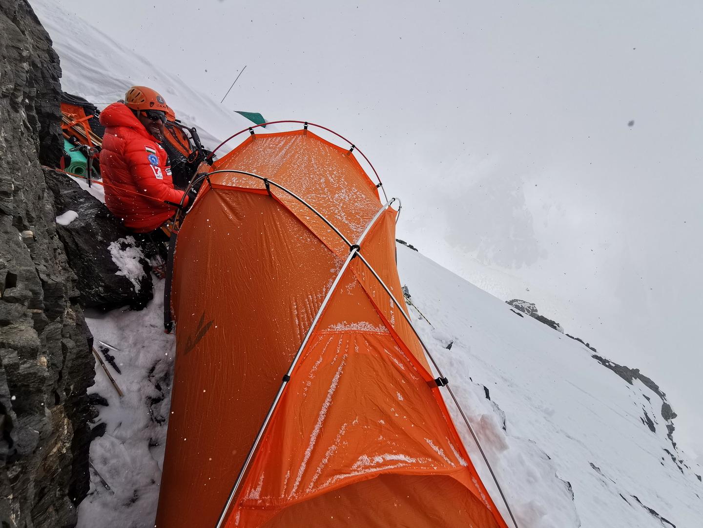 Dávid és Szikárd sátra a 3-as táborban, a csúcstámadás előtt Forrás: Eseményhorizont