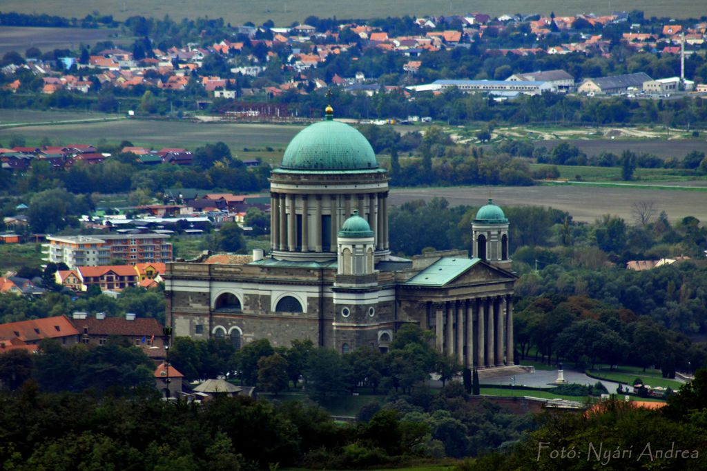 Esztergomi Bazilika Forrás: Nyári Andrea