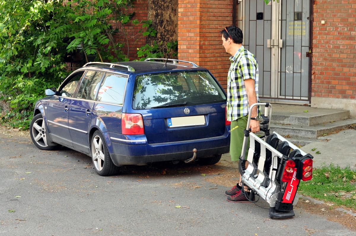 Egyszerűen csak a kocsihoz húzzuk Forrás: Paraferee - mozgasvilag.hu