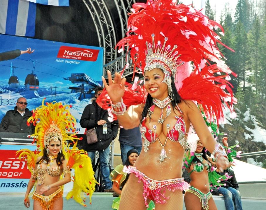 2015. március 22-én Nassfelden salsázz a havon eredeti kubai táncosokkal Forrás: www.nassfeld.at/hu