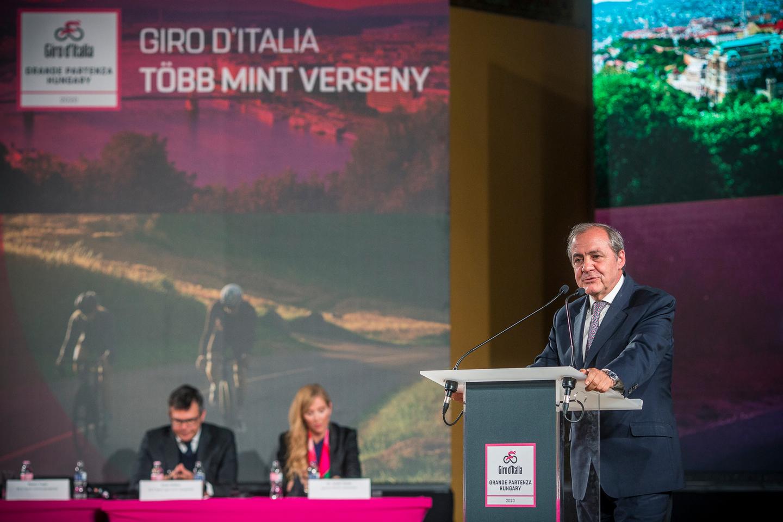 Mauro Vegni, a Giro főszervezője a sajtótájékoztatón Forrás: Aktív Magyarország