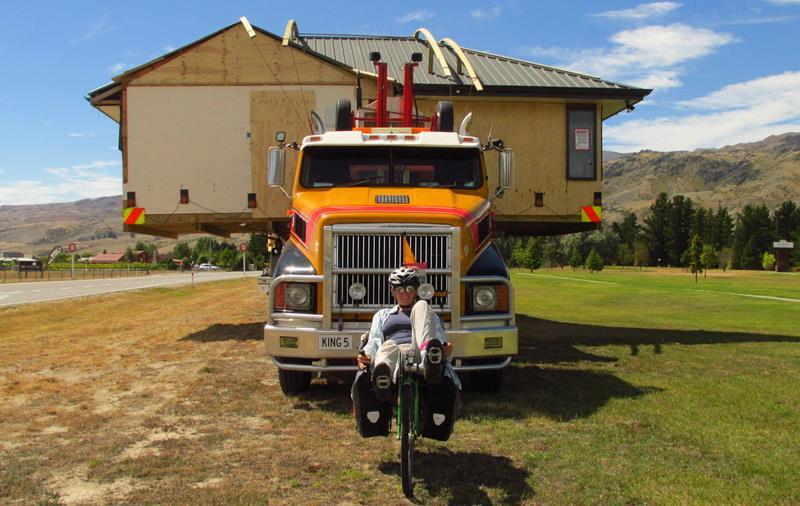 Guruló házak Forrás: 360fok bringa