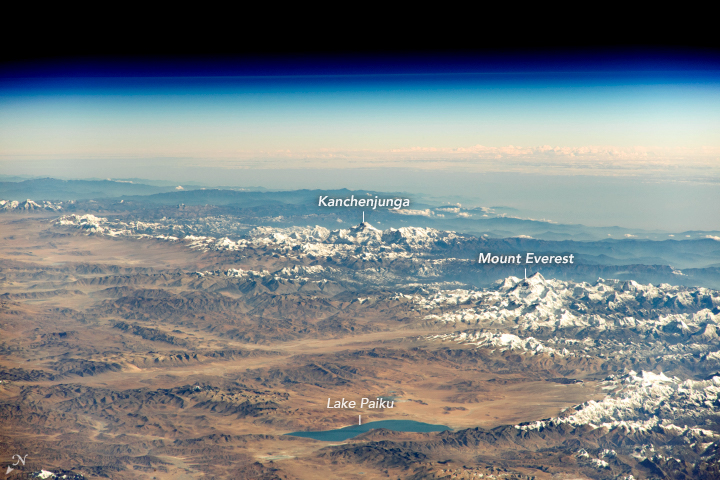 A Himalája nyugati része az űrből, rajta a Kancsendzönga és az Everest Forrás: NASA/ISS