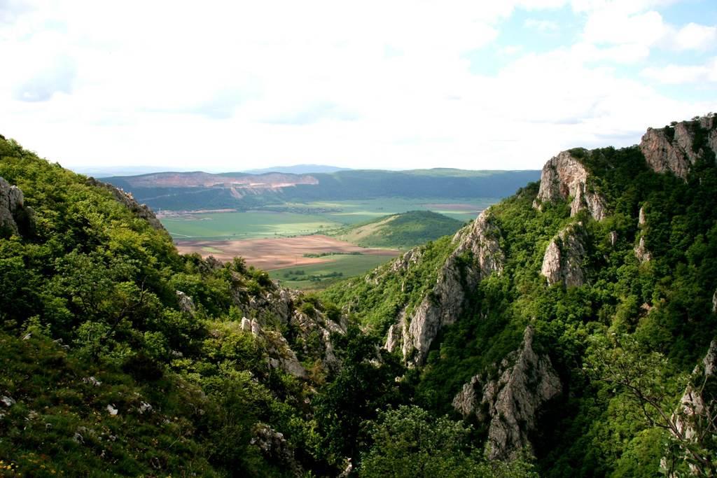 Szádelői völgy Forrás: www.mozgasvilag.hu