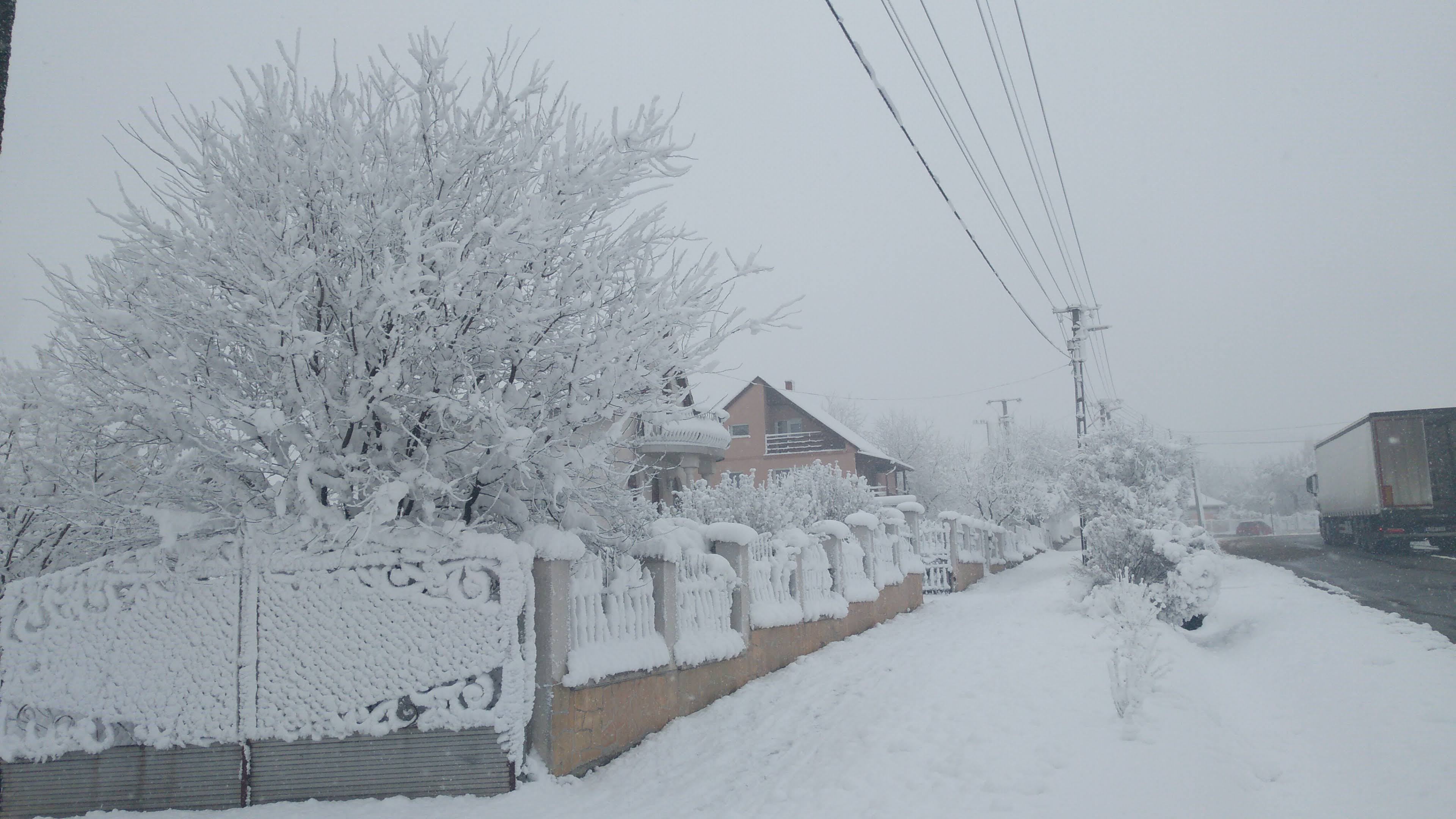 Olaszfalui hó Forrás: Síaréna