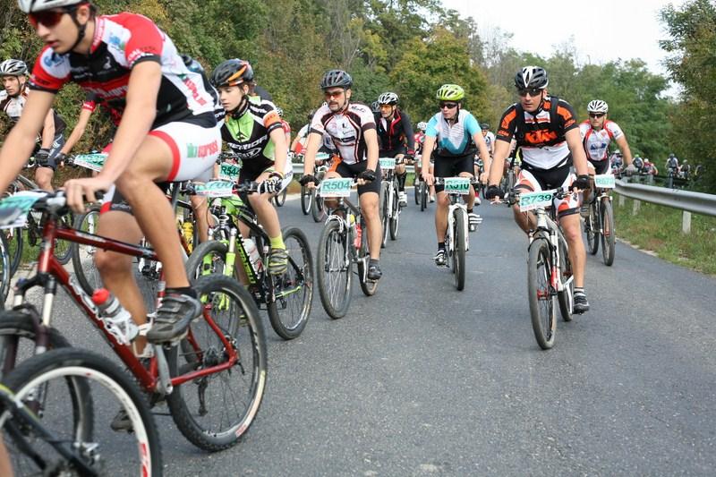 Nyugat Mountain Bike Maraton Kupa III. forduló - Balatonfűzfő Forrás: x-trame.hu