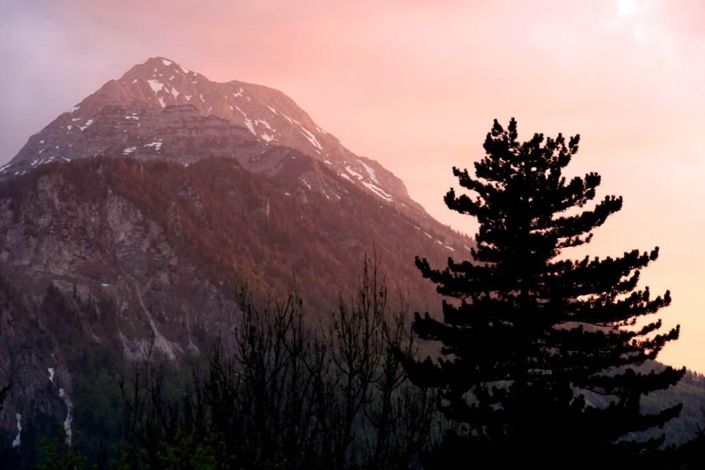 Az Ötscher csúcsa naplementében Forrás: www.mozgasvilag.hu