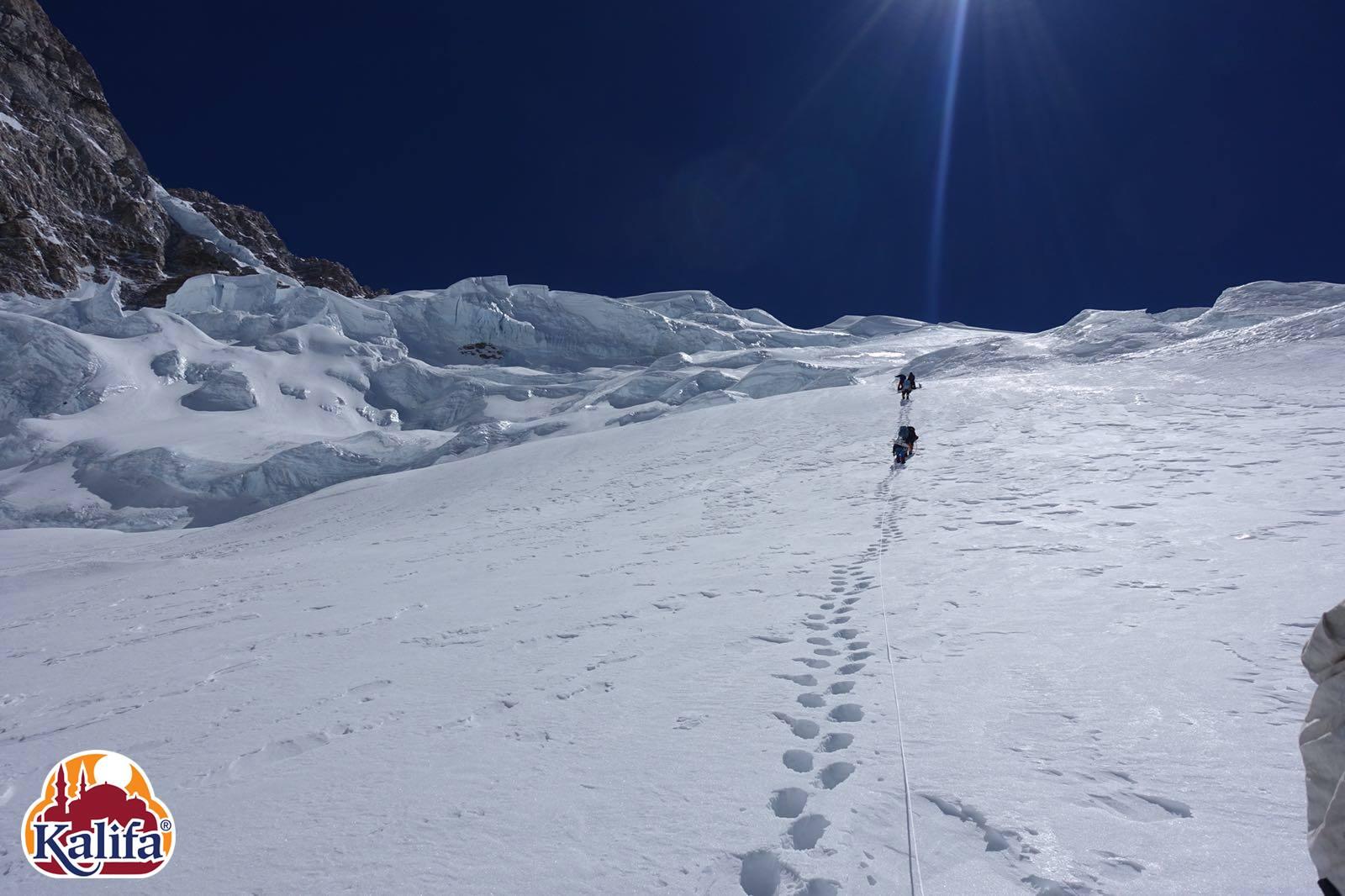 Kancsendzönga Forrás: Kalifa Himalája Expedíció 2018 - Kancsendzönga