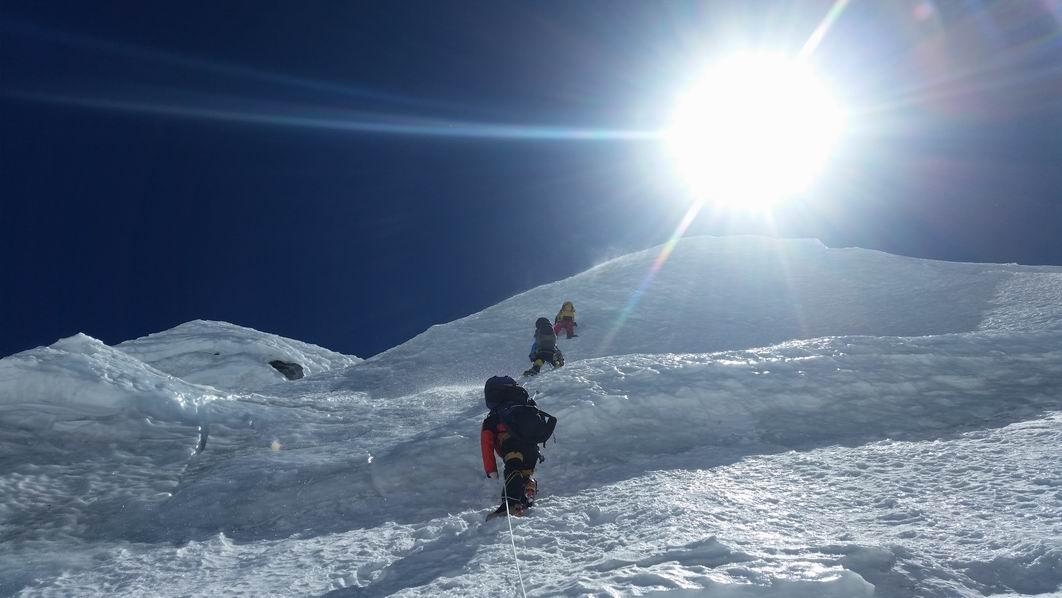 Az első csúcstámadás Forrás: Johnnie Walker Annapurna Expedíció