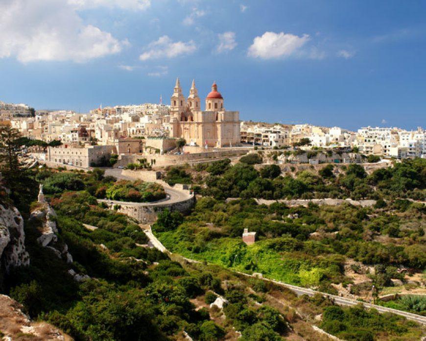 Mellieħa dombság Forrás: www.lovinmalta.com