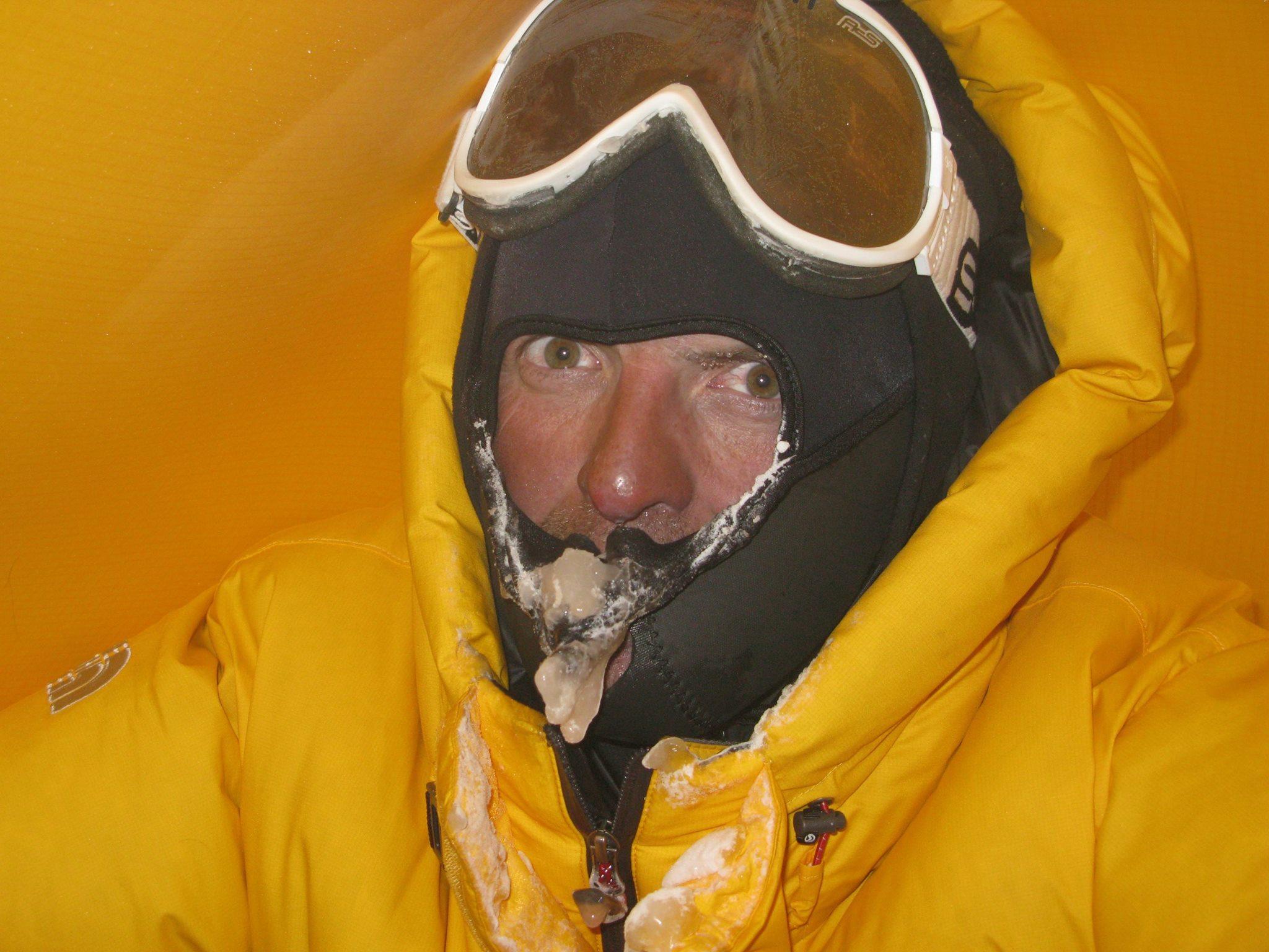 Simone Moro a Makalu első téli megmászásakor Forrás: Simone Moro Facebook