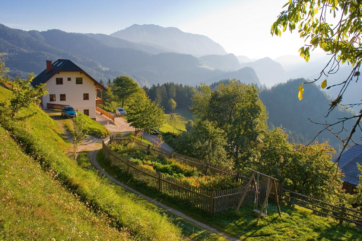 Perk tradicionális szlovén tanya Forrás: www.slovenia.info