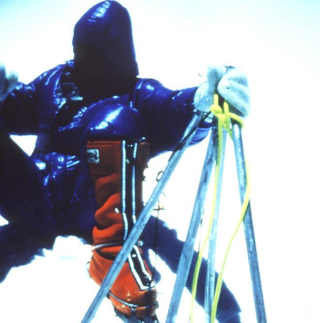 Everest csúcsfotó Forrás: Peter Habeler archívum