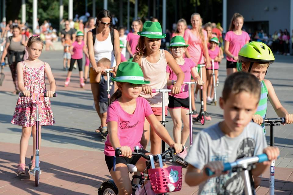 Rolling Day Debrecen Forrás: Adamsky by Positive