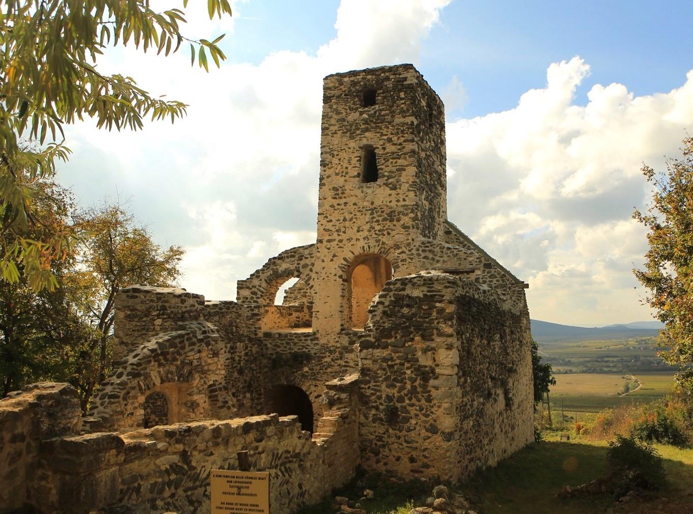 Szent Balázs templomrom, Szentantalfa Forrás: Kovács Attila