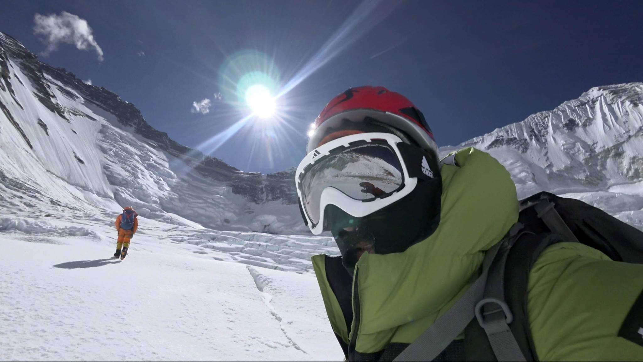 Az egyik akklimatizációs mászás során Forrás: Alex Txikon Facebook