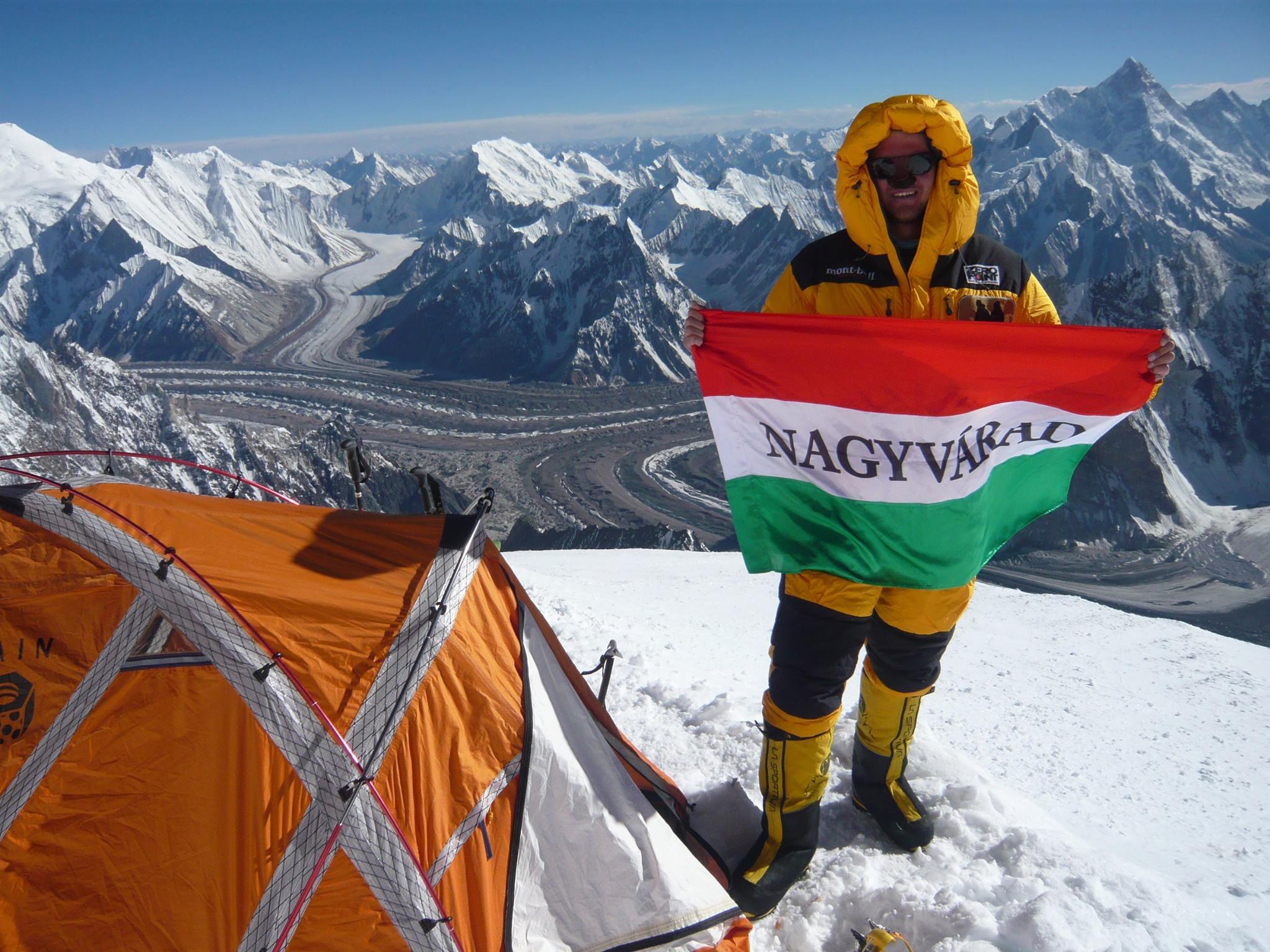 Varga Csaba a Broad Peak 3-as táborában Forrás: Varga Csaba Facebook