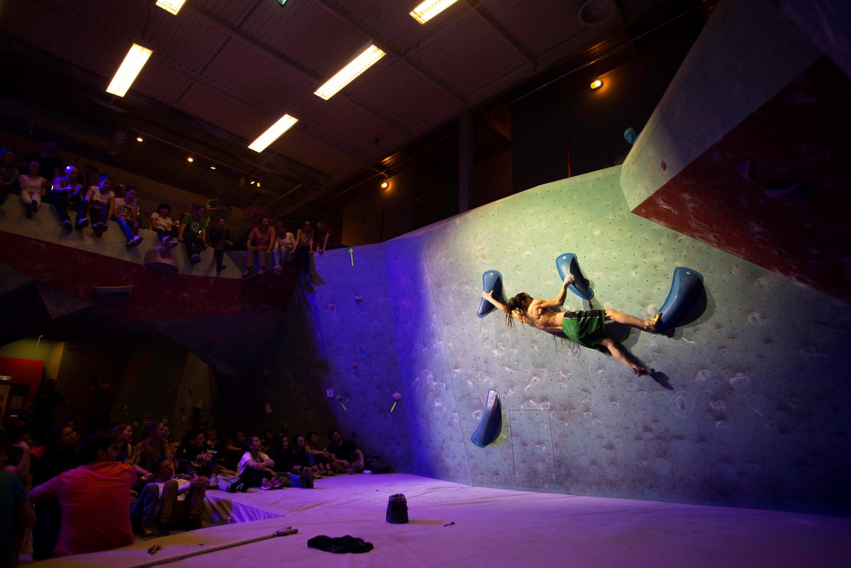 Burucs Bálint alias Papír Forrás: Gravity boulder