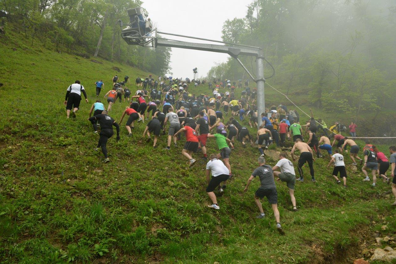 Könnyű felfelé a rajt után Forrás: Spartan race