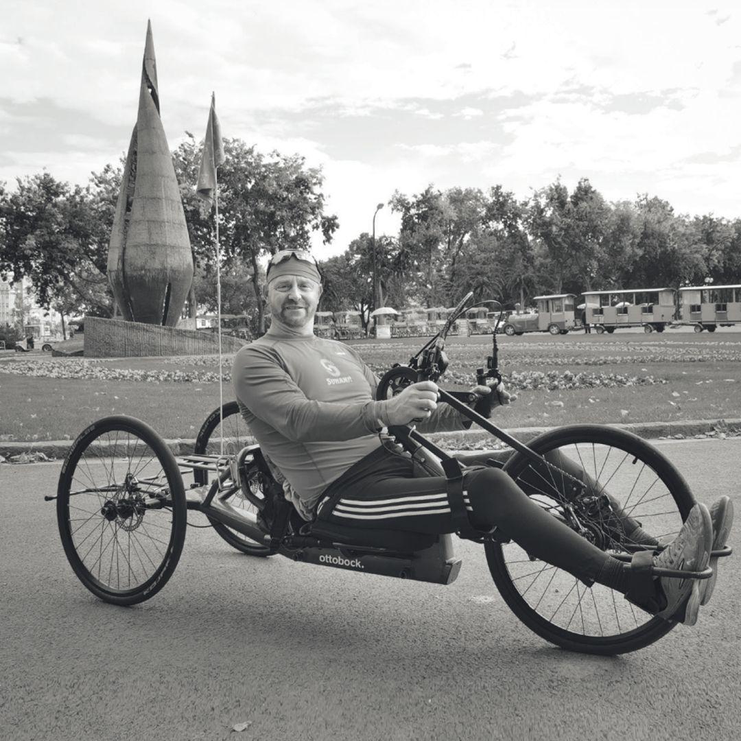 Schober László (Óriás) és az Ottobock aMano handbike