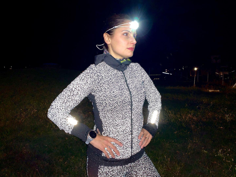 Kalenji Run Warm szuper fényvisszaverő részletekkel Forrás: Nedjalkov Beáta - Mozgásvilág