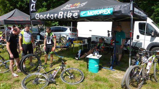 Ingyenes kerékpárszervíz Forrás: facebook.com/doctorbike