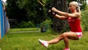 Single Leg Squat - egy lábbal guggolás TRX szalaggal | www.mozgasvilag.hu