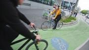 Zöldre festik a kerékpársávokat Bécsben | www.mozgasvilag.hu