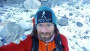 Klein Dávid épségben leért, hivatalos a csúcssiker | www.mozgasvilag.hu