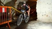 Hív a sötétség! Föld alatti bringaverseny kőbányán! | www.mozgasvilag.hu