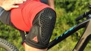 Észrevétlen térdvédelem - Dainese Trail Skins 2 teszt | www.mozgasvilag.hu