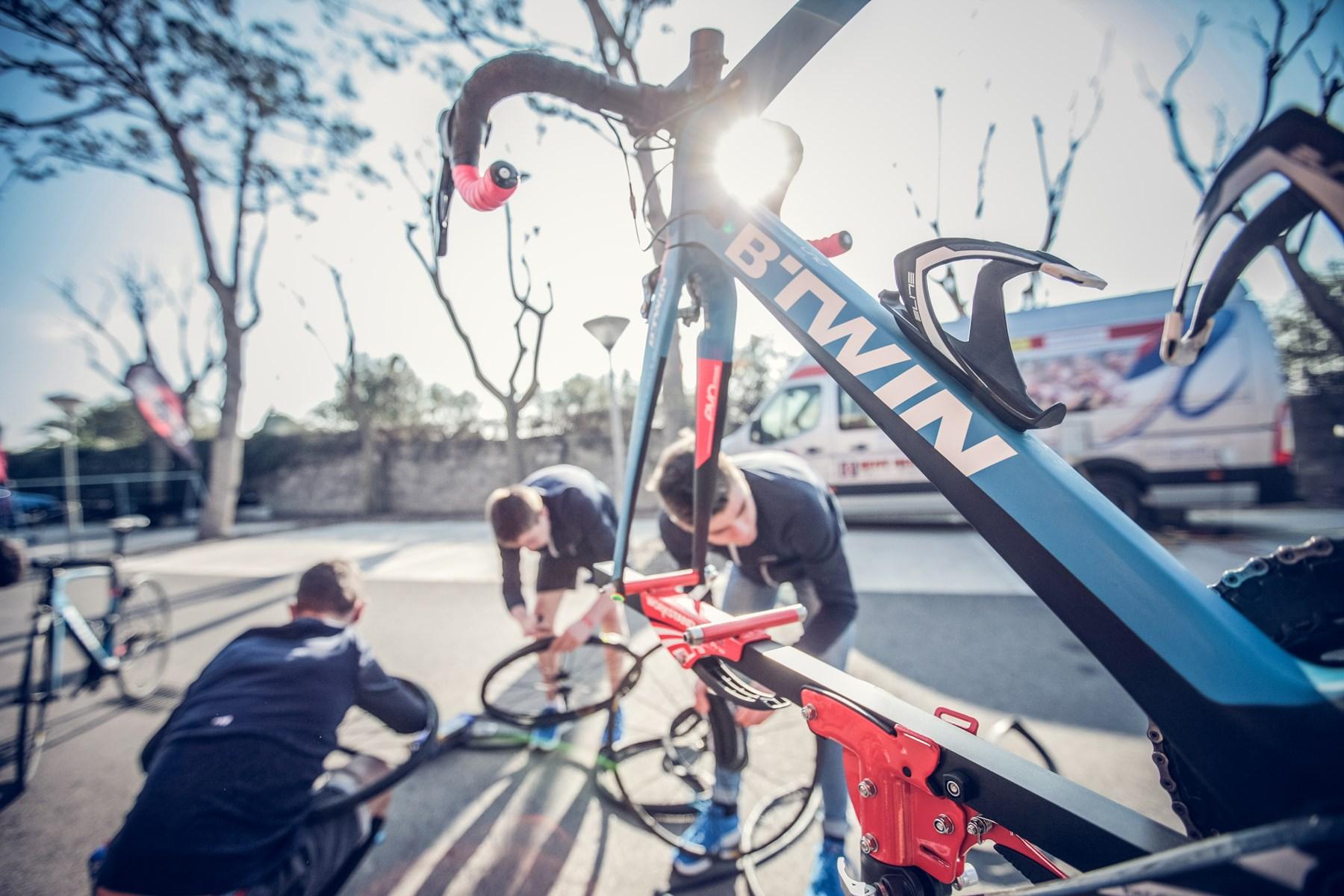 Kerékpár Sporttanácsadói álláslehetőség Forrás: Decathlon
