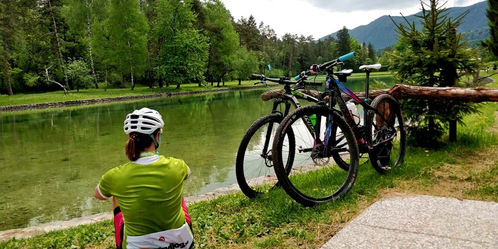 Camping Sobec, és az ő privát fürdőtavuk Forrás: Mozgásvilág.hu