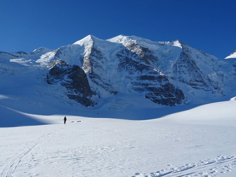 Az Alpok egyik legszebb csúcsa, a Piz Palü, 3905 m Forrás: Salamon Márk Facebook