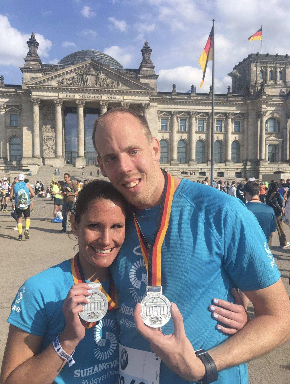 Bereczki Nelli és Fejes Gábor a Berlin Marathon után Forrás: Bereczki Nelli és Fejes Gábor