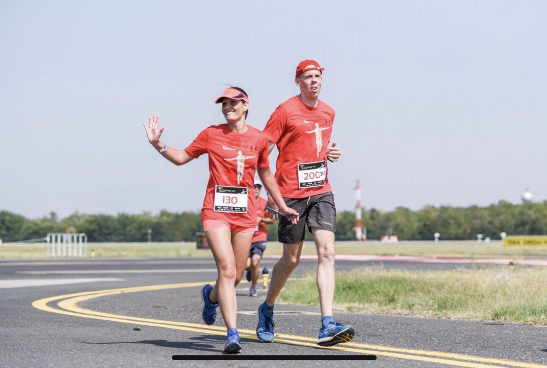 Bereczki Nelli és Fejes Gábor együtt a futóversenyen Forrás: Bereczki Nelli és Fejes Gábor