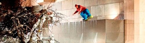 Snowboard és sífelszerelés
