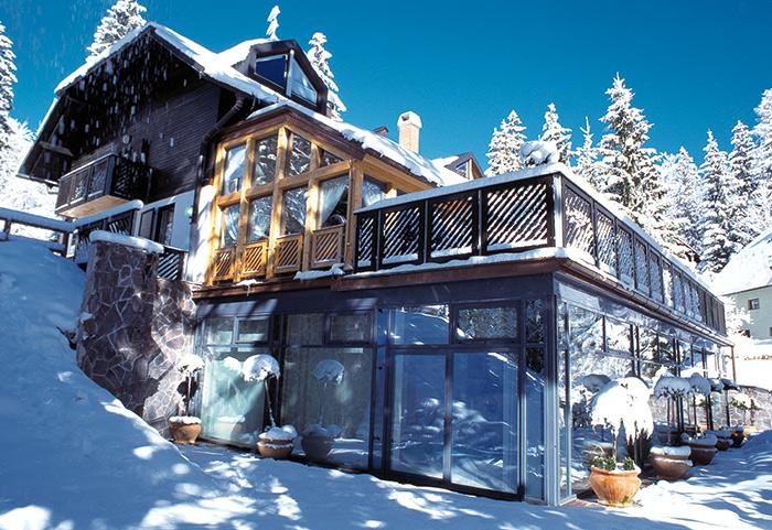 Hotel Vila Triglav Forrás: www.rozle.si