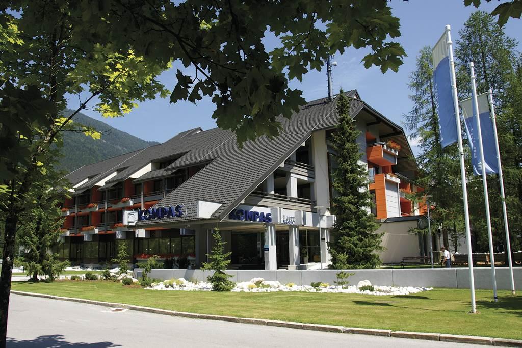 Hotel Kompas Forrás: www.hitholidays.si/en/kompas-hotel