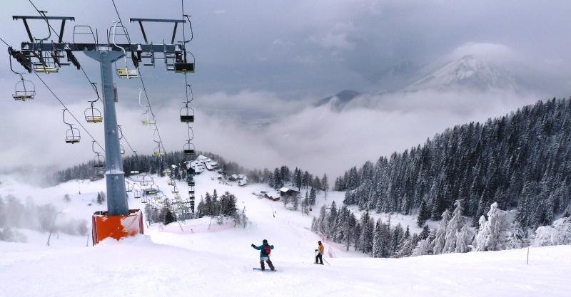 Krvavec síközpont Forrás: www.szloveniainfo.hu