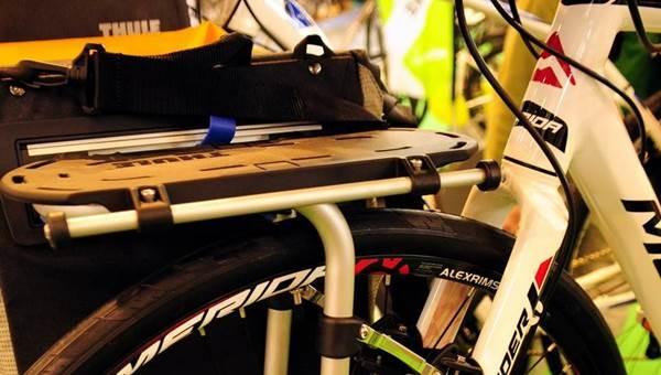 Thule Pack and Pedal csomagtartó túra és sport változatban
